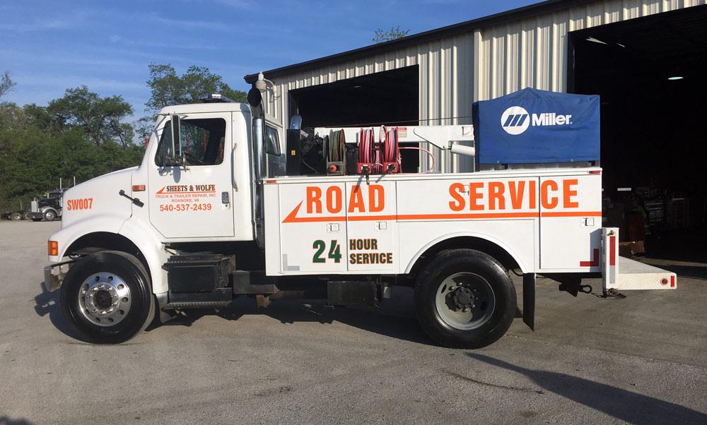 Road Service Truck 24/7