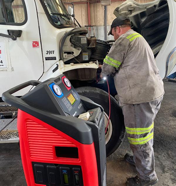 24 hour truck repair Roanoke